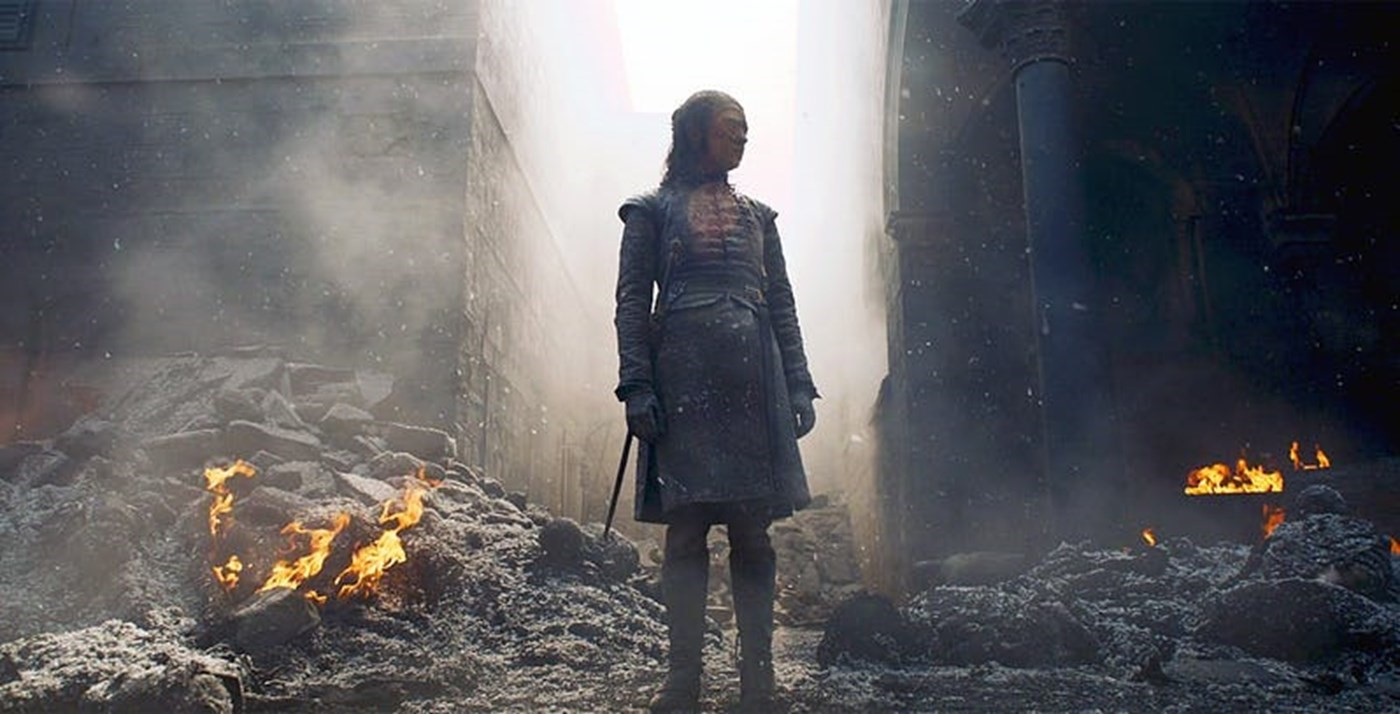 arya-stark-running-for-her-life-through-the-streets-of-kings-landing.jpg